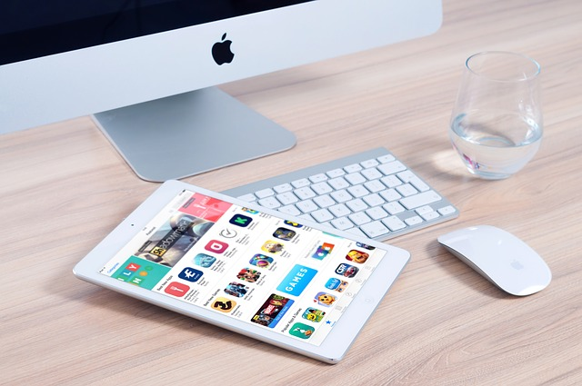 voda, tablet, monitor