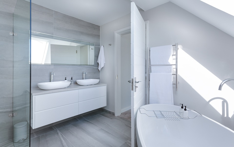 zařízená koupelna